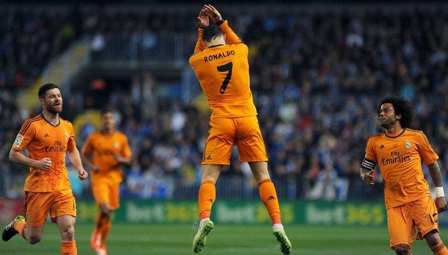 Cristiano Ronaldo celebra su gol ante el Málaga