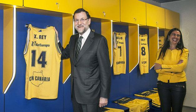 Rajoy inaugura el Gran Canaria Arena, el único nuevo pabellón construido para acoger este verano la copa del mundo de baloncesto