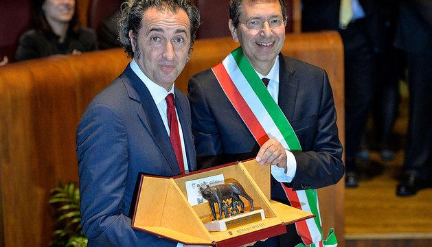 Paolo Sorrentino recibe la ciudadanía honoraria de Roma.