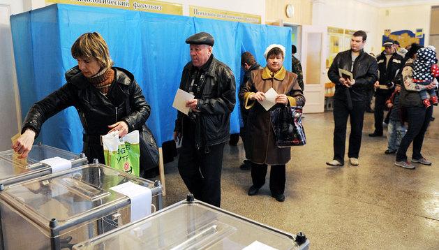 Colegio electoral en Simferópol