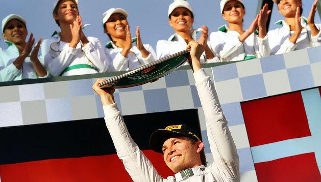 Rosberg celebra su triunfo en Australia