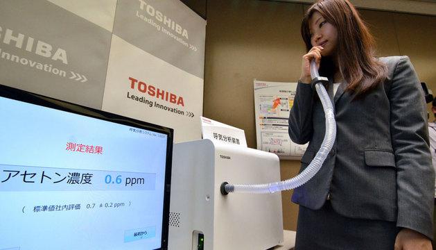 La compañía tiene previsto empezar a comercializar el medidor de aliento en 2015.