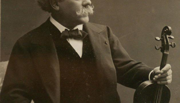 Imagen del violinista pamplonés Pablo Sarasate.