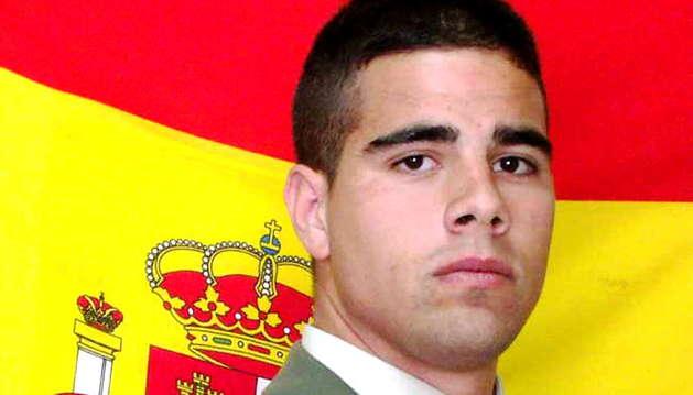 Fotografía facilitada por el Ministerio de Defensa del soldado español Carlos Martínez Gutiérrez, de 25 años, natural de Badajoz, que ha fallecido hoy en Sidón (Líbano)
