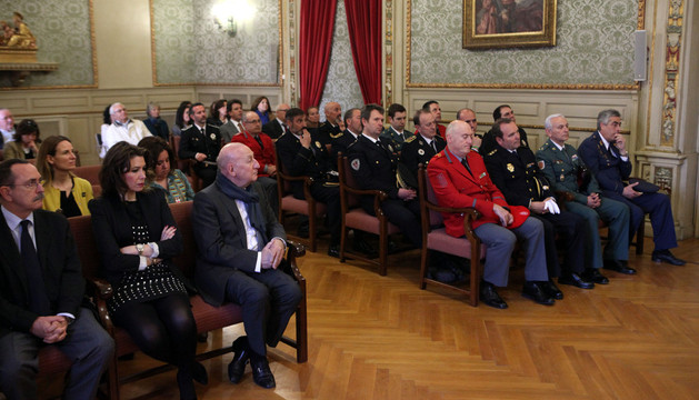 Asistentes al acto institucional de la festividad de la Policía Municipal de Tudela