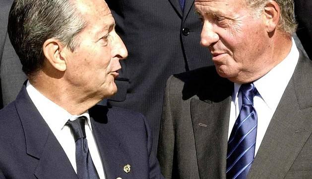 Imágenes de la vida del primer presidente de las democracia española, Adolfo Suárez, quien ha fallecido tras un largo padecimiento de Alzheimer.