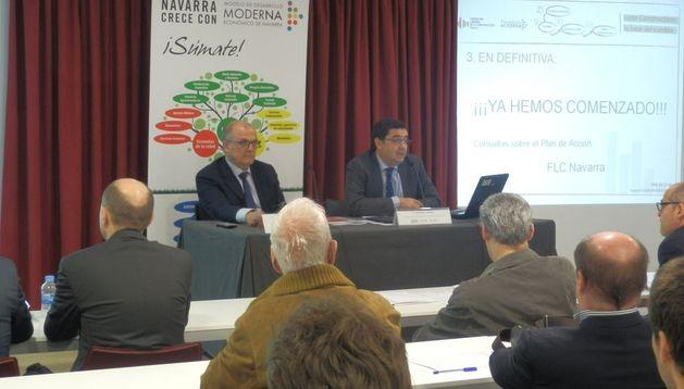 El consejero Luis Zarraluqui y el presidente de la Fundación Laboral de la Construcción, Juan Las Navas