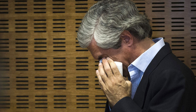 Adolfo Suárez Illana, emocionado tras la rueda de prensa.