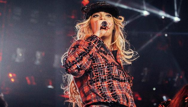 Beyoncé durante su único concierto en España