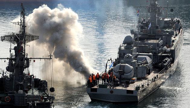 Buques rusos en Sebastopol.