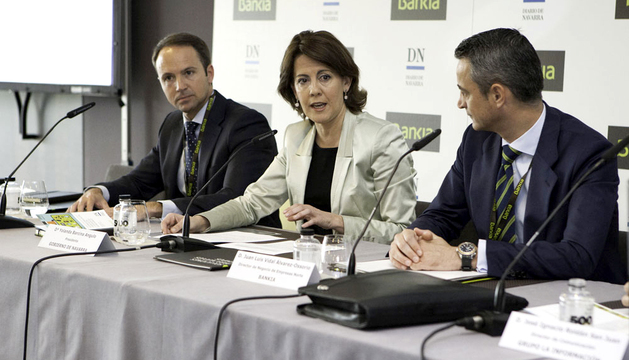 De izda. a dcha.: Francisco Javier Bonell, Yolanda Barcina y Juan Luis Vidal