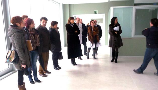 La Comisión de Salud durante la visita