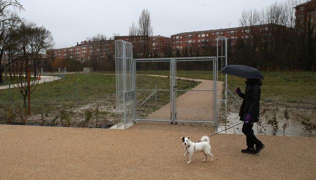 Este es uno de los accesos a la zona de las huertas de ocio del parque de Aranzadi, a las que se han presentado 172 solicitudes