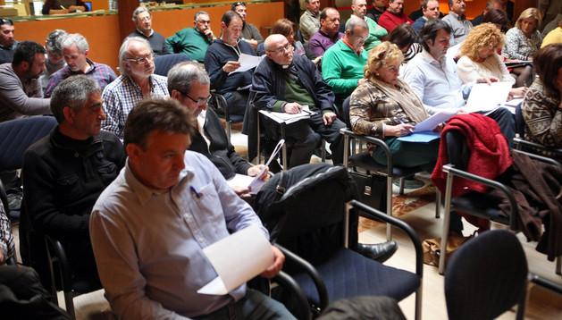 Representantes de los entes congozantes, durante la Junta General del viernes