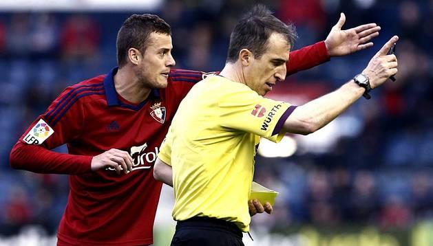 Imágenes correspondientes al encuentro de la 31ª jornada de la Liga BBVA, temporada 2013/2014, disputado en el estadio de El Sadar entre Osasuna y Real Sociedad.