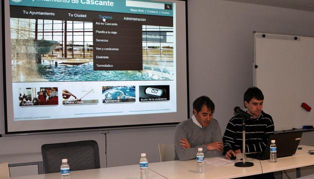 Miguel Ángel Ochoa y Pablo Gómara, en la presentación de la web