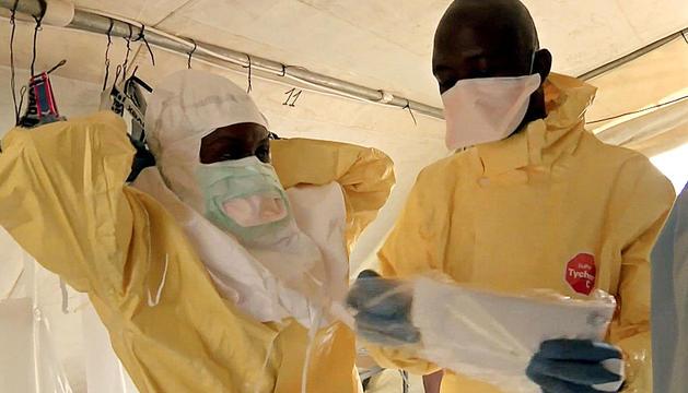 Cooperantes en Guinea.