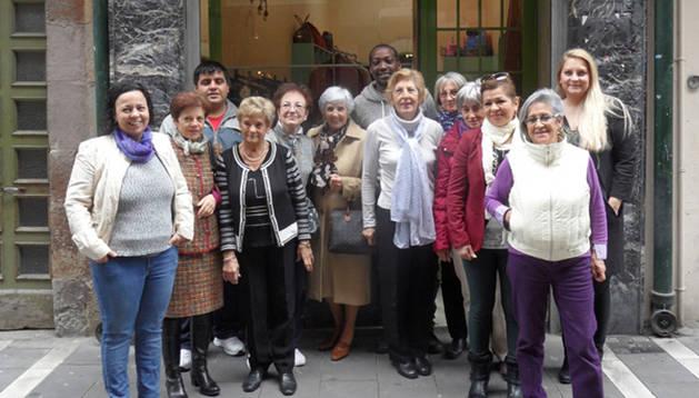 La nueva tienda solidaria de Paris 365, en la calle San Antón.