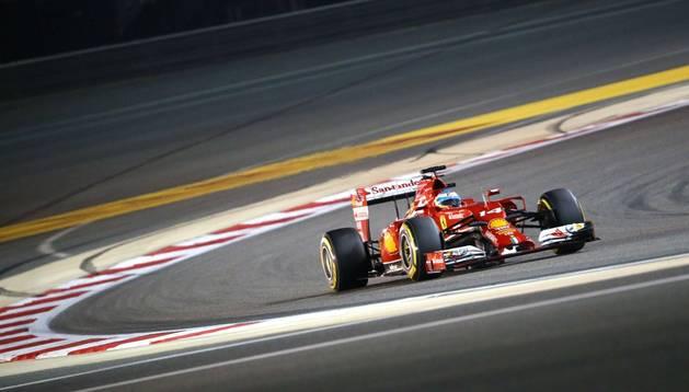 Alonso intentará la machada ante unos Williams intratables