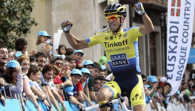 Exhibición de  Contador en Ordizia, con Valverde a 13 segundos