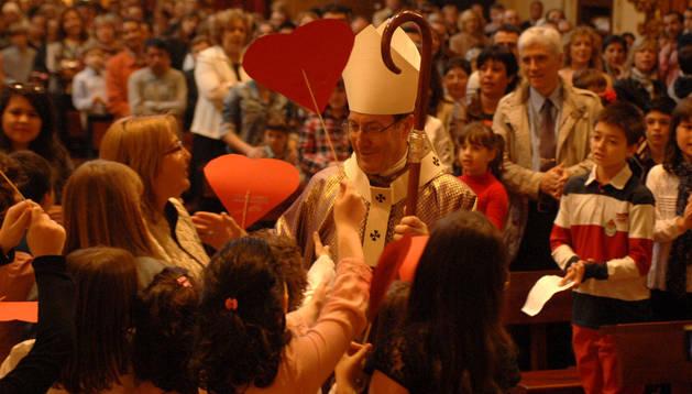 El arzobispo, durante la celebración de la misa de las familias