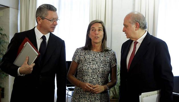 Gallardón, Mato y Fernández Díaz en la reunión por la violencia de género
