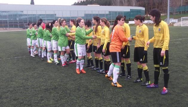 Las jugadores de Lagunak, en el partido contra el San Juan