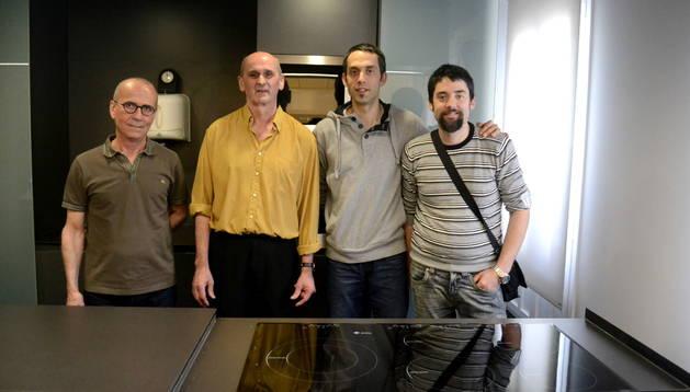 Los 'chefs de oro'. De izquierda a derecha: Imanol Miqueleiz (Melbourne), Antonio Cristóbal (Chelsy) y Jesús y Luis Iñigo (Ábaco).