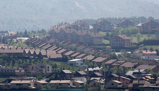 Vista panorámica de la urbanización de Gorraiz, en el valle de Egüés
