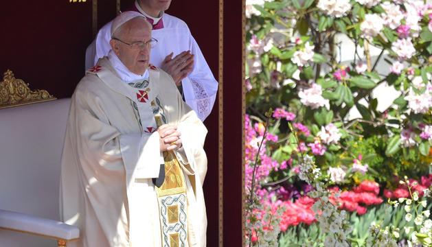 El Papa celebra la misa del Domingo de Resurrección