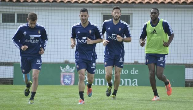 Los titulares ante el Valencia realizaron la mitad del entrenamiento