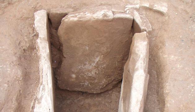 El interior de la cámara en la que se hallaron los restos