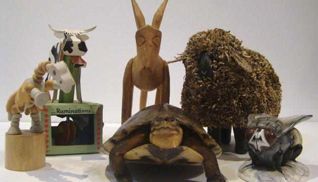 Los muñecos de animales que representan los personajes de los textos de Augusto Monterroso