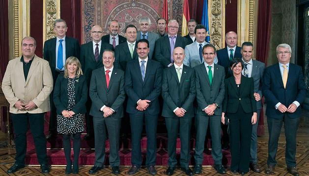 Imagen de grupo de los asistentes a la recepción