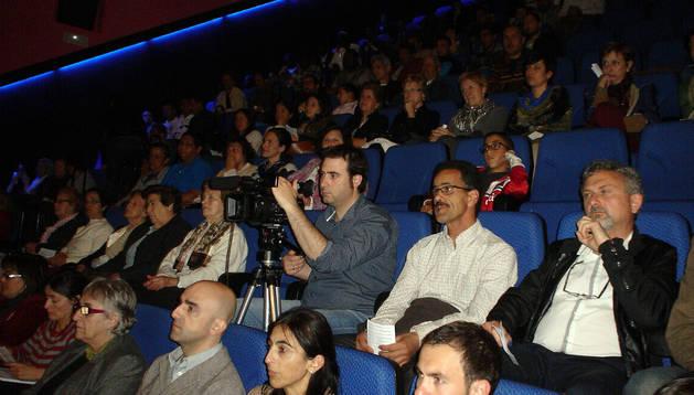 Imagen de parte de los asistentes a la presentación del estudio
