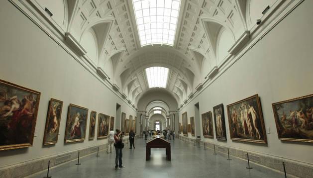 Galería Central de la planta principal del Museo del Prado. EFE