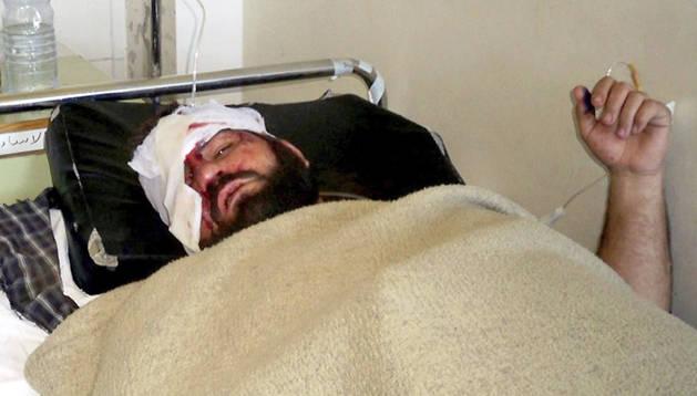 Uno de los heridos, atendido en un hospital