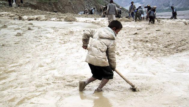 Imagen de abril de 2012 de las inundaciones en la provincia afgana de Badakhshan