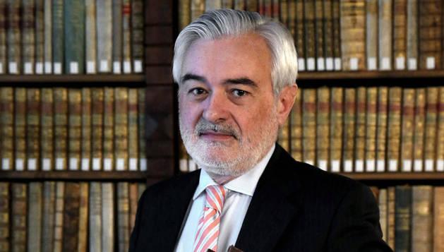 El secretario de la Real Academia Española, Dario Villanueva. EFE