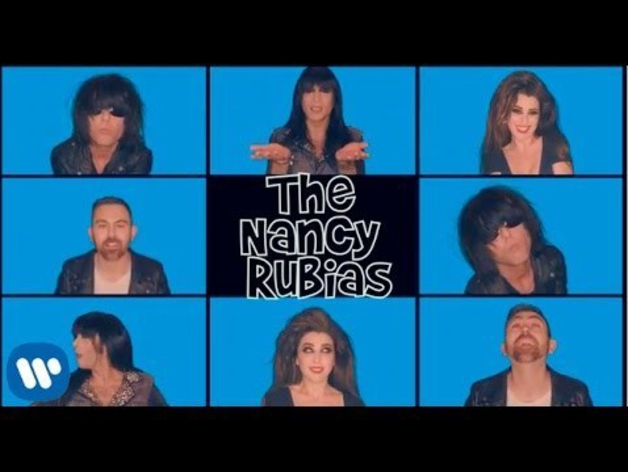 Videoclip de 'Amigas'