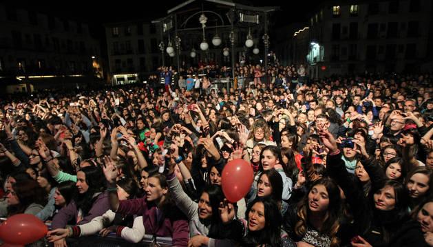 La conexión entre el grupo y el público fue total durante el recital.