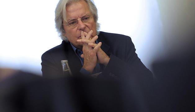 El cabeza de lista de Ciutadans a las europeas, Javier Nart, durante la conferencia de prensa que ha ofrecido este lunes en Pamplona
