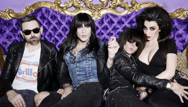 Los miembros del grupo las Nancys Rubias