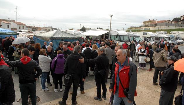 Inauguración del área de autocaravanas en El Ferial.