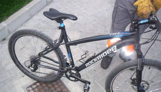 Bicicleta intervenida a un menor que pagó 30 euros por ella