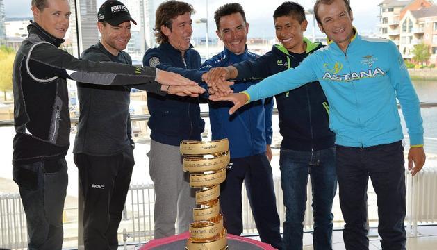 De izquierda a derecha, Nicolas Roche, Cadel Evans, Rigoberto Urán, Purito Rodríguez, Quintana y Scarponi