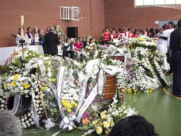 Funeral de los cinco niños de Monterrubio de la Serena