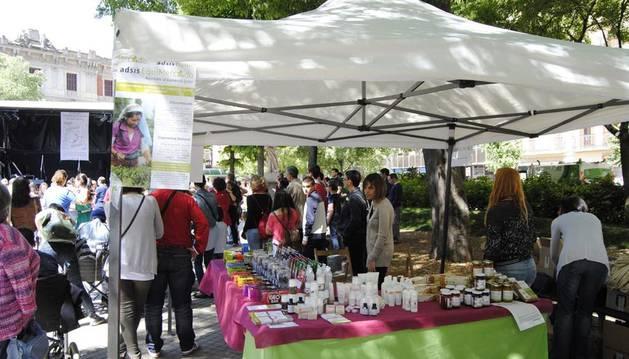 El chocolate endulza el Día del Comercio justo en Navarra