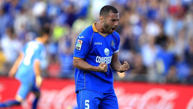 Lacen celebra el gol de Escudero para el Getafe ante el Sevilla