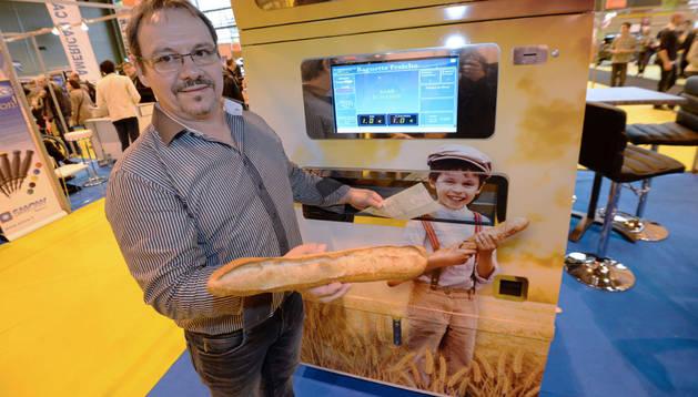 Una máquina expendedora de pan